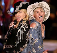 Madonna and Miley at the 2014 MTV Unplugged